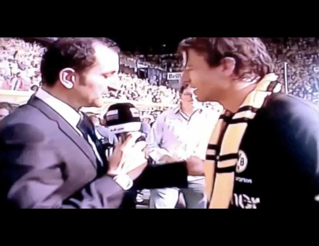 Reporter: What do you think about all this season, Borussia Dortmund with all these young players, I think you did well, you score so much goals, your defense was so strong, and you also did well as a captin. You've been verry strong!