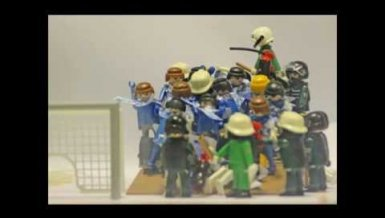 Schalke-Fans vs. Polizei: Die Playmobil-Version