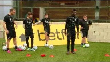 Youtube-Star vs. Balotelli und Co.