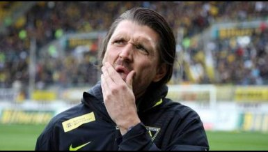 Alemannia Aachen-Trainer Peter Hyballa im Interview