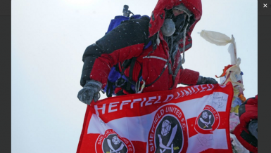 Warum der krebskranker Sheffield-Fan den Mount Everest bestieg