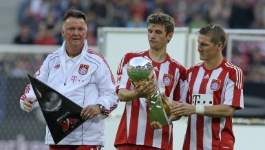 So holt Louis van Gaal Thomas Müller nach Manchester